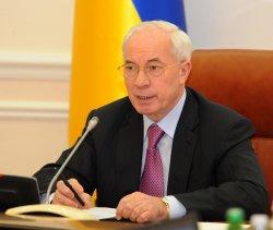 Азаров рассказал немецкому послу о полной ответственности за выборы