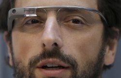 Владельцы Google Glass жалуются на проблемы с использованием их гаджетом