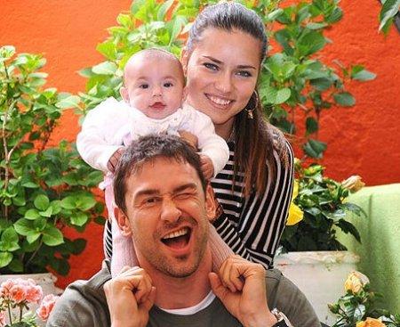 Адриана Лима беременна? (10 фото)