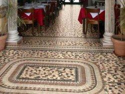Напольная мозаичная плитка, ее виды и особенности укладки