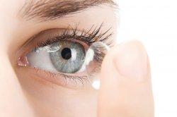 Правильный уход за контактными линзами: четкое зрение и здоровые глаза
