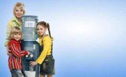 """Питьевая вода с доставкой до дверей от компании """"Оазис"""""""